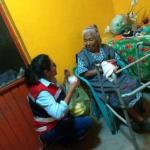 Solicitan apoyo para que abuelita de Pedro Escobedo reciba su pensión, ya que está sola y la necesita