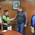 Toño Mejía abandera a joven tequisquiapense promesa del ajedrez que representará a México en Juegos Panamericanos