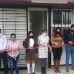Entrega Iliana Montes aula laboratorio en plantel EMSaD Purísima de Arista, Arroyo Seco