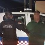 Detienen a dos hombres quienes chocaron a una patrulla para darse a la fuga, en SJR
