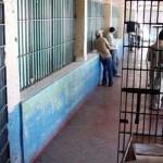 Siguen sin aparecer 42 reos que escaparon en Torreón