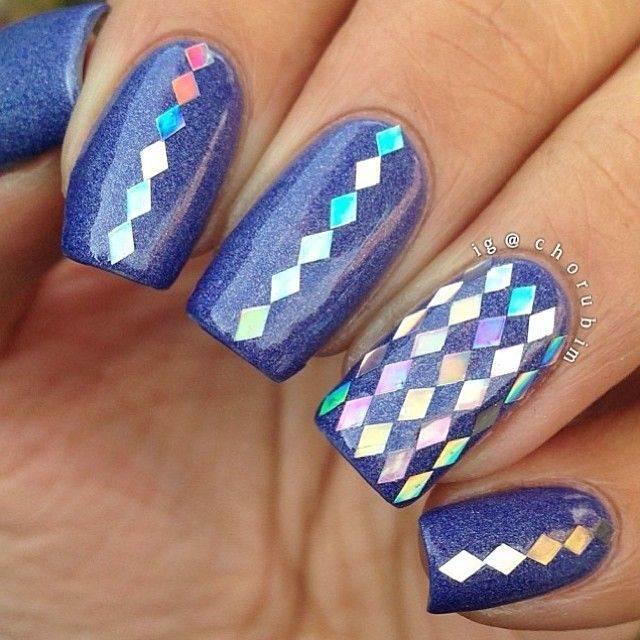 дизайн ногтей с ромбиками 7