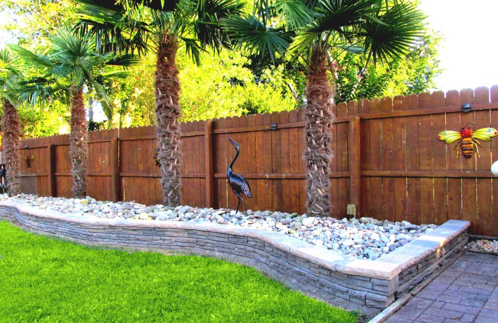 Backyard Border Landscaping Ideas