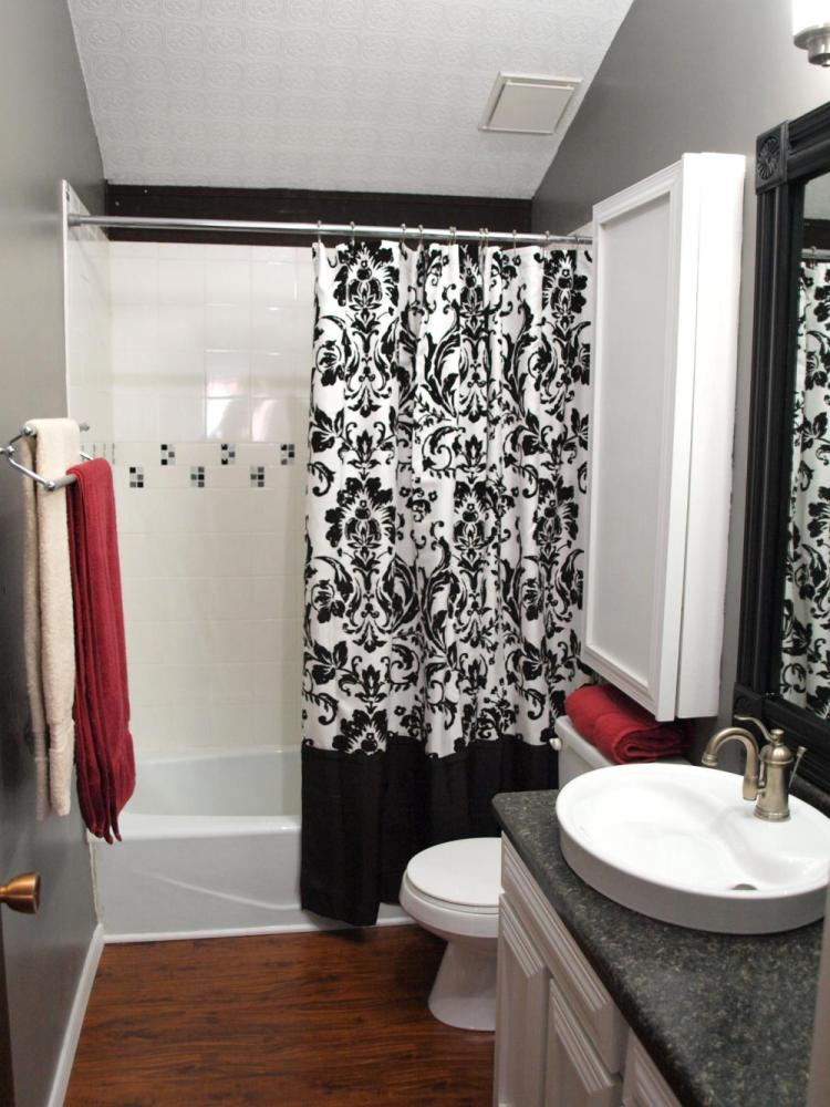 Bathroom Decor Ideas Red