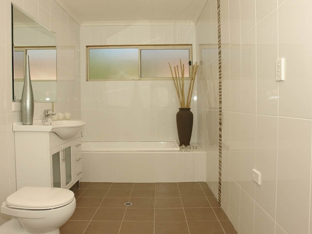 Bathroom Floor Tile Designs For Small Bathrooms
