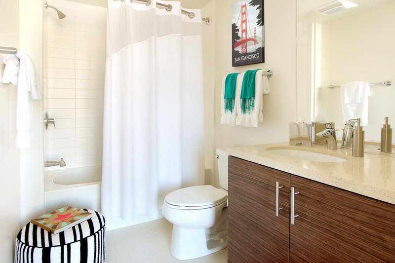 Bathroom Towel Bar Ideas