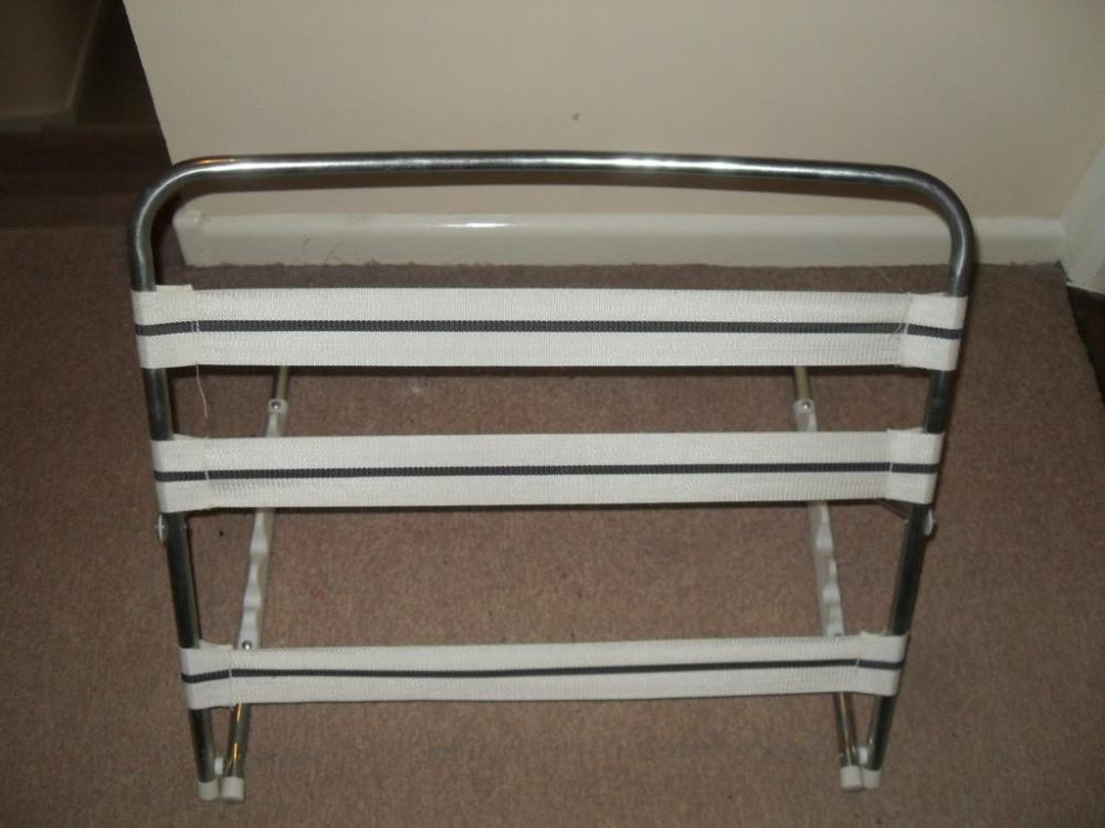Bed Pillow Support Frame