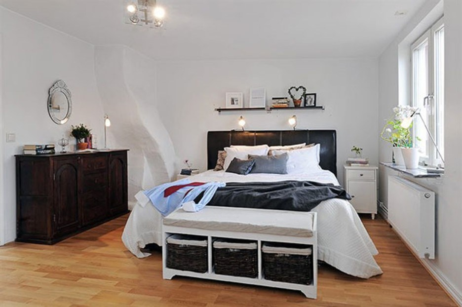 Black Bed Frame With Headboard