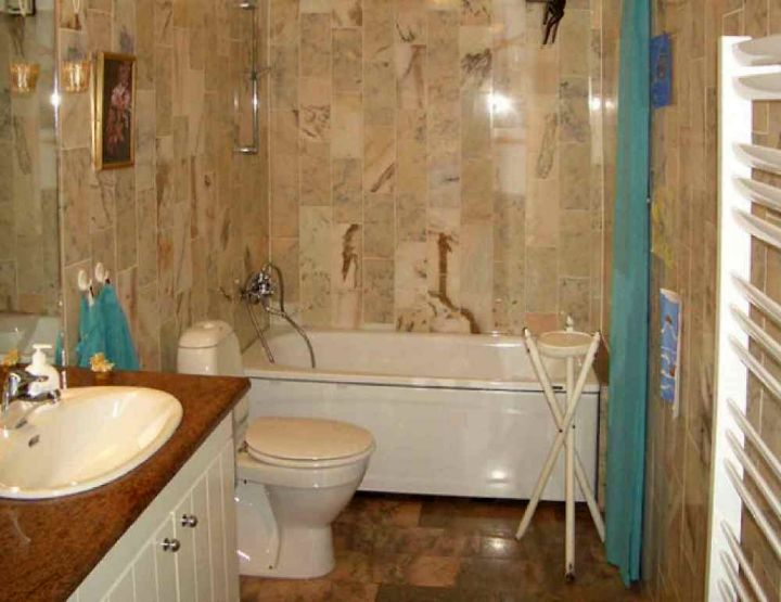 Brown Bathroom Decorating Ideas