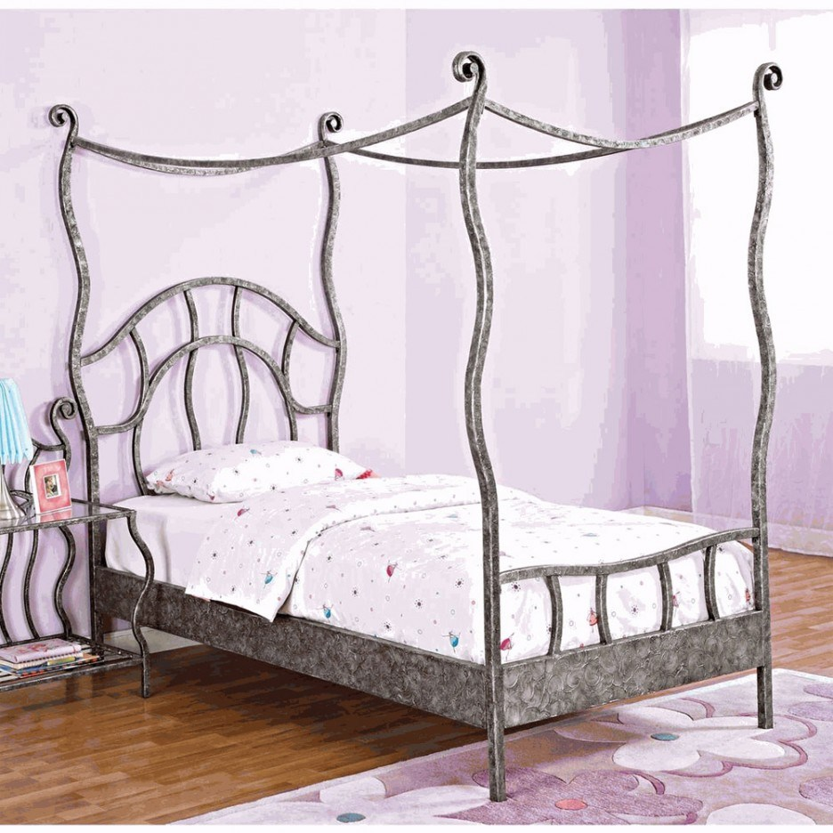 Cheap Canopy Bed Frame Queen