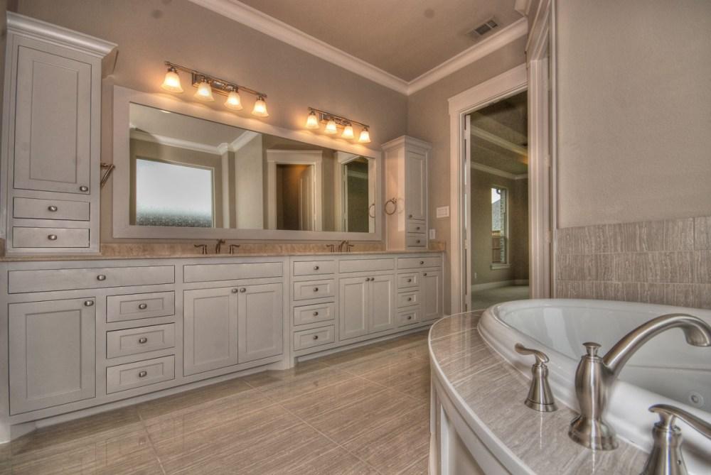 Elegant White Bathroom Ideas