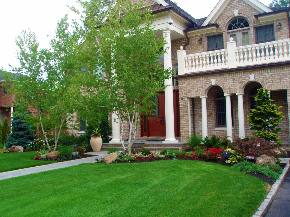 Front Of Home Landscaping Ideas
