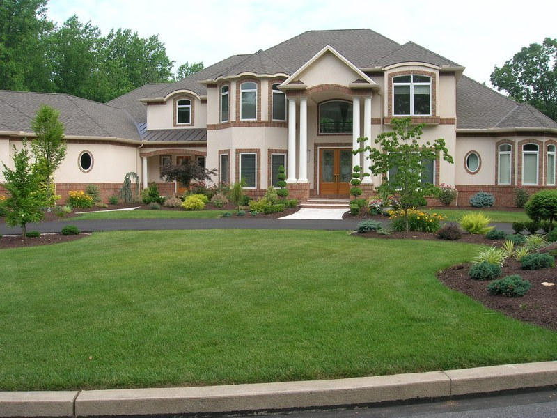 Front Of House Landscaping Ideas Colonial