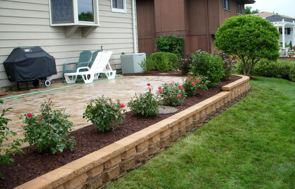 Garden Ideas Around Patio