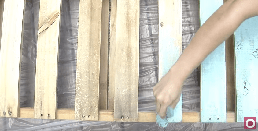 How To Build A Bed Frame From Pallets