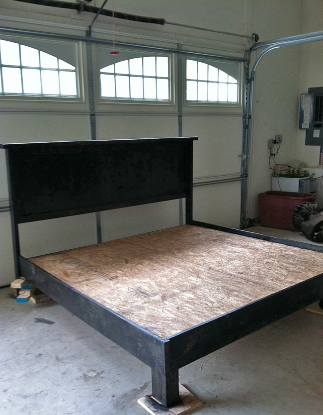 How To Build Bed Frame Out Of Pallets