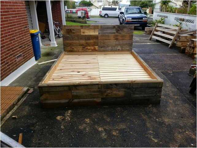 King Size Bed Frame Made From Pallets