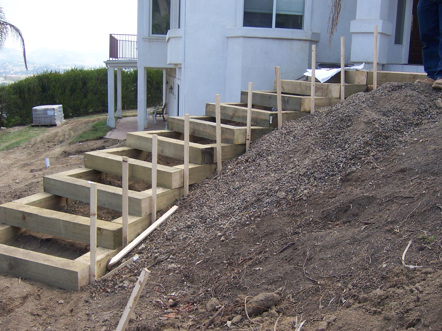 Landscape Timber Stairs Ideas