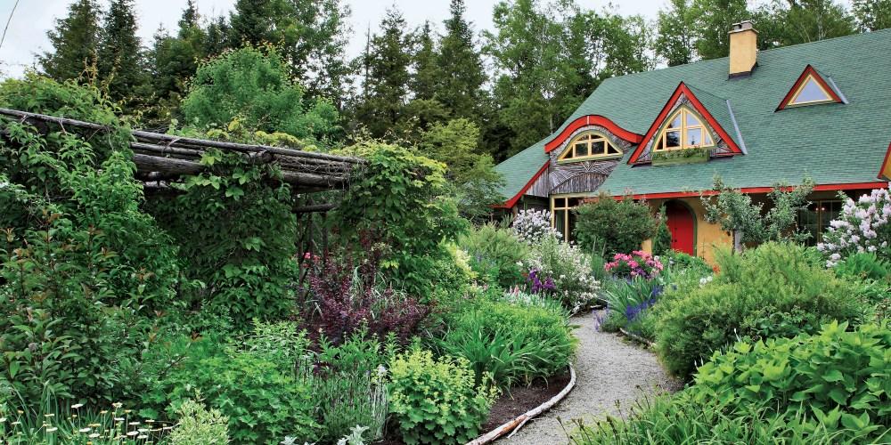 Landscaping Ideas Around House Foundation