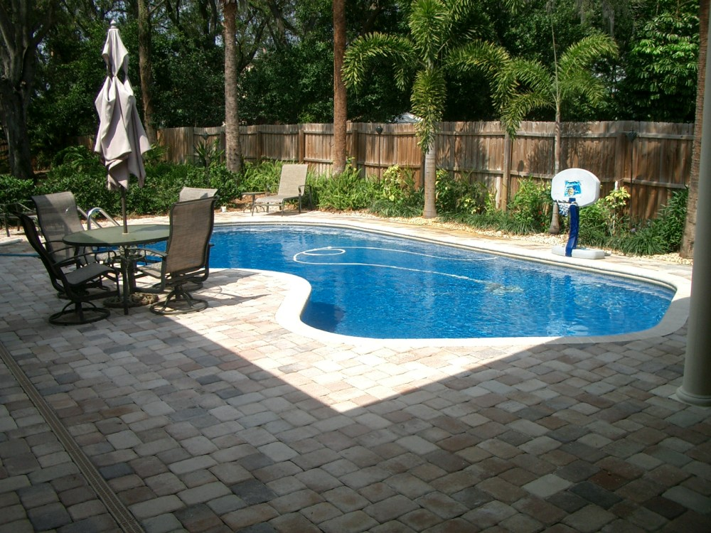 Landscaping Ideas For Backyards With Pool
