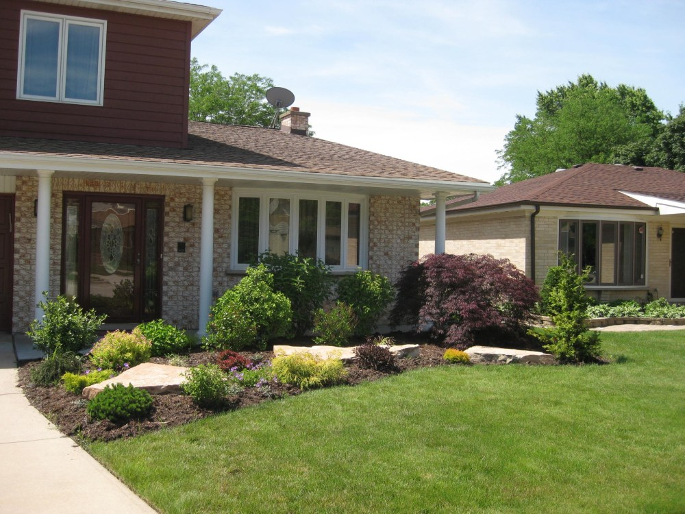 Landscaping Ideas For Front Of House With Slope