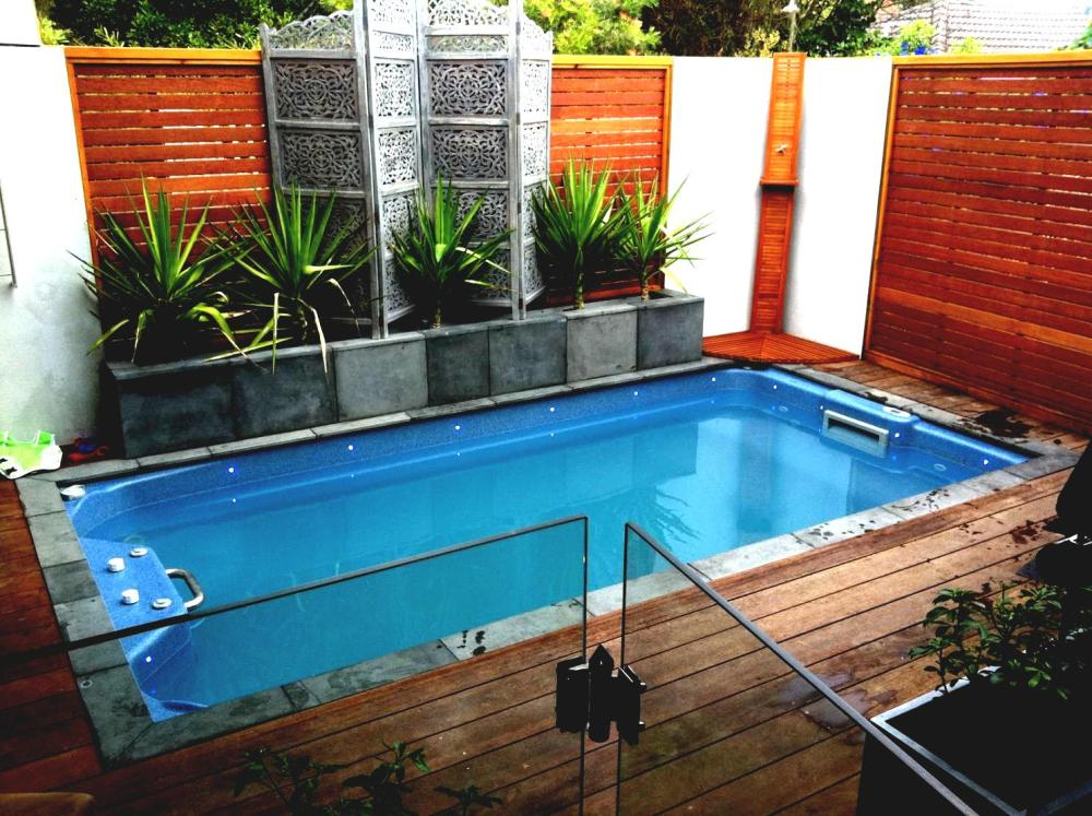 Landscaping Ideas For Small Backyards With Pool