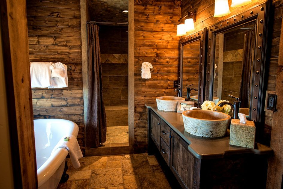 Log Cabin Bathroom Images