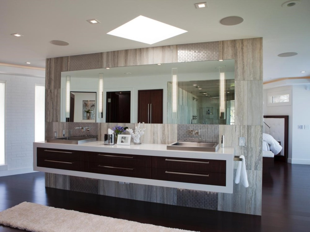 Master Bathroom Vanity Decorating Ideas