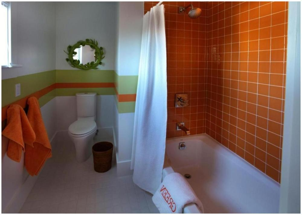 Orange Bathroom Accessories Ideas