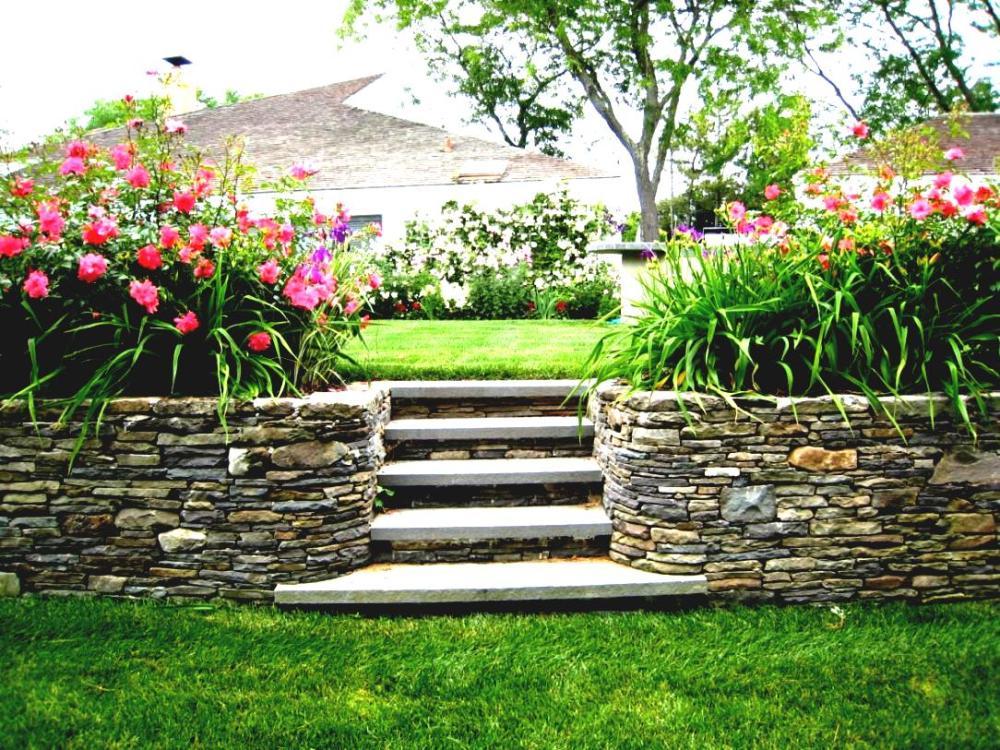 Outdoor Corner Landscaping Ideas