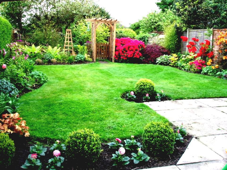 Pictures Of Landscaping Ideas For Backyard