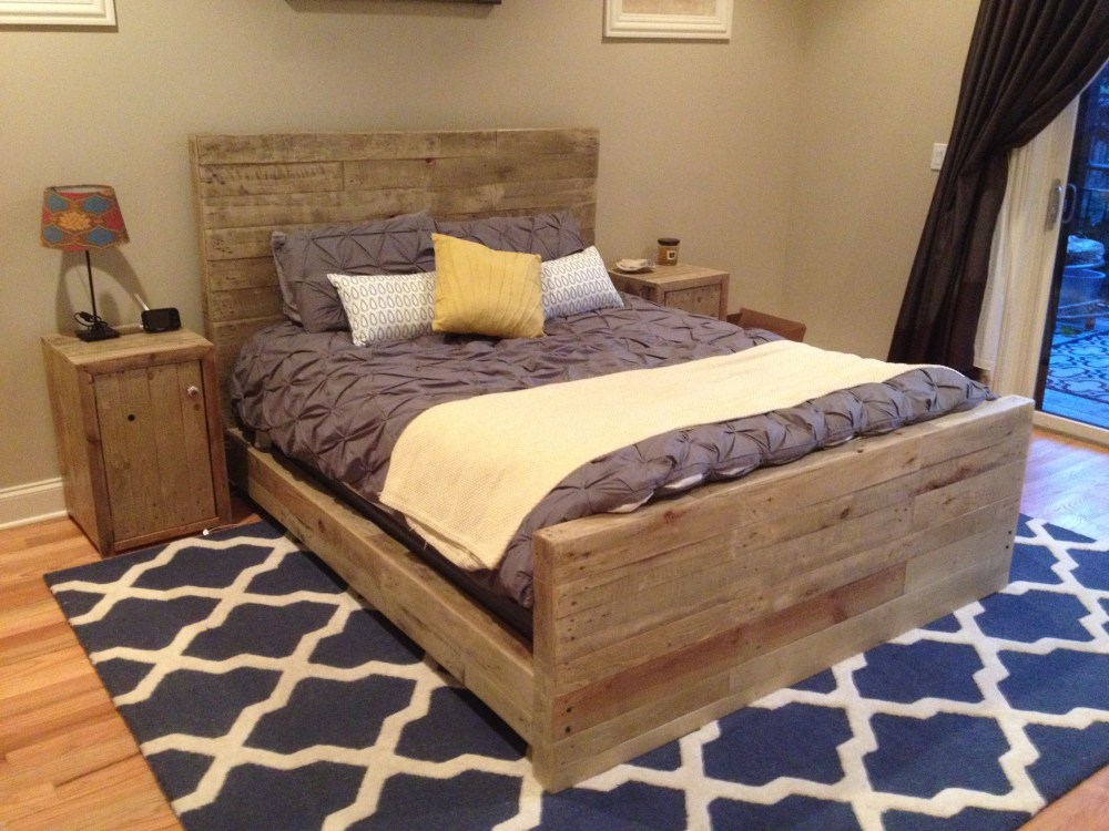 Queen Size Bed Frame Made Out Of Pallets