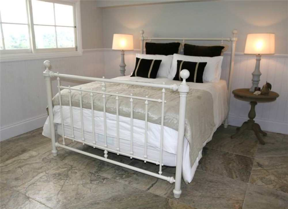 Queen Size Bed Frames Cheap