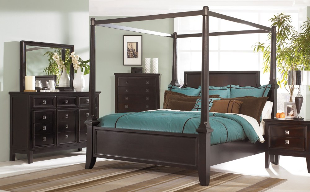 Queen Size Wooden Canopy Bed Frame
