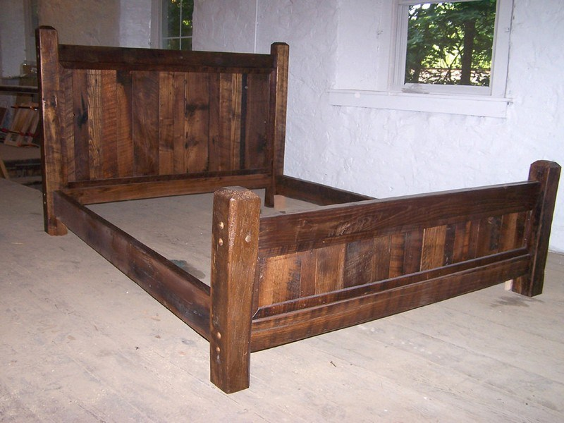 Rustic Bed Frames King
