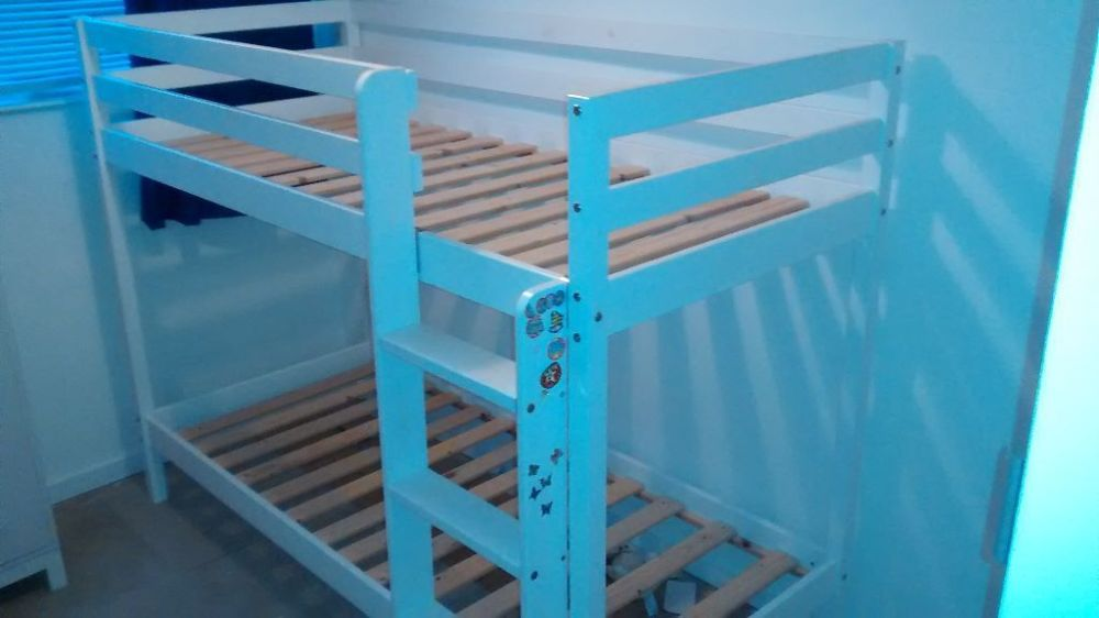 Shorty Wood Bed Frame