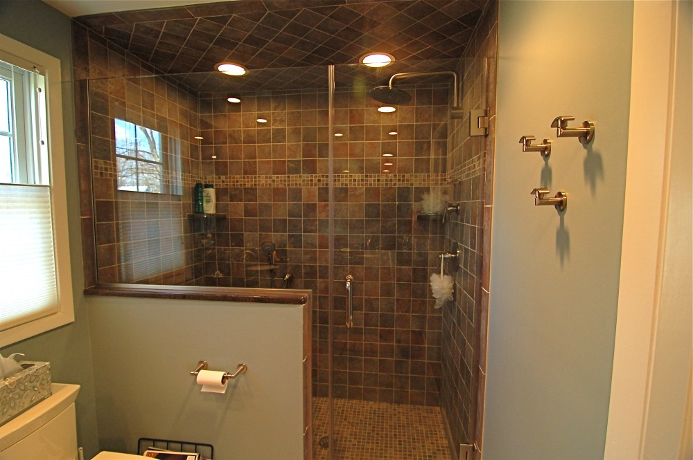 Shower Door Ideas For Small Bathrooms