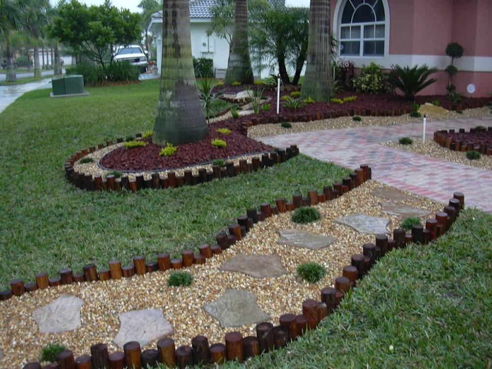 Simple Landscaping Pictures For Front Yards