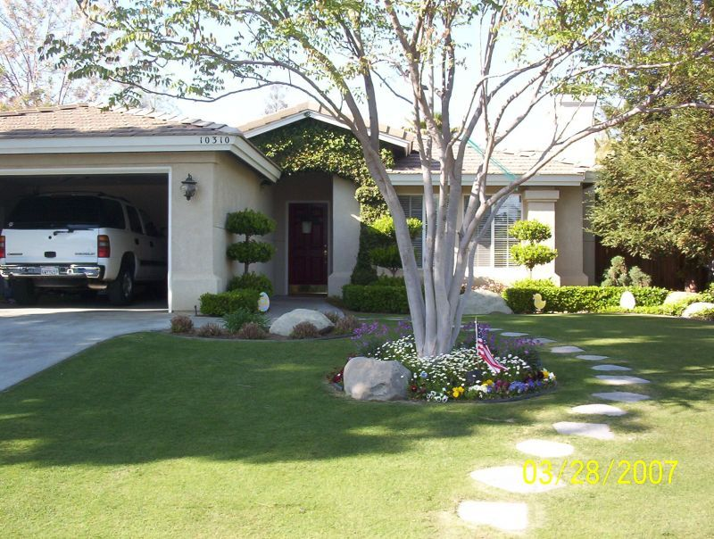 Simple Modern Landscaping Ideas For Front Yard