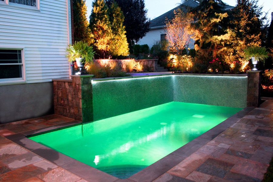 Small Backyard Landscaping Ideas With Pool