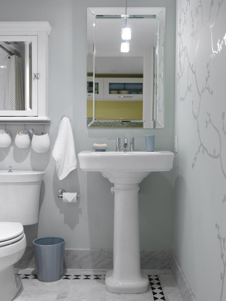 Small Bathroom Decorating Ideas Photos