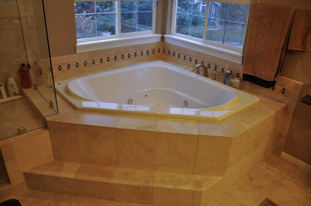 Small Bathroom Ideas With Whirlpool Tub