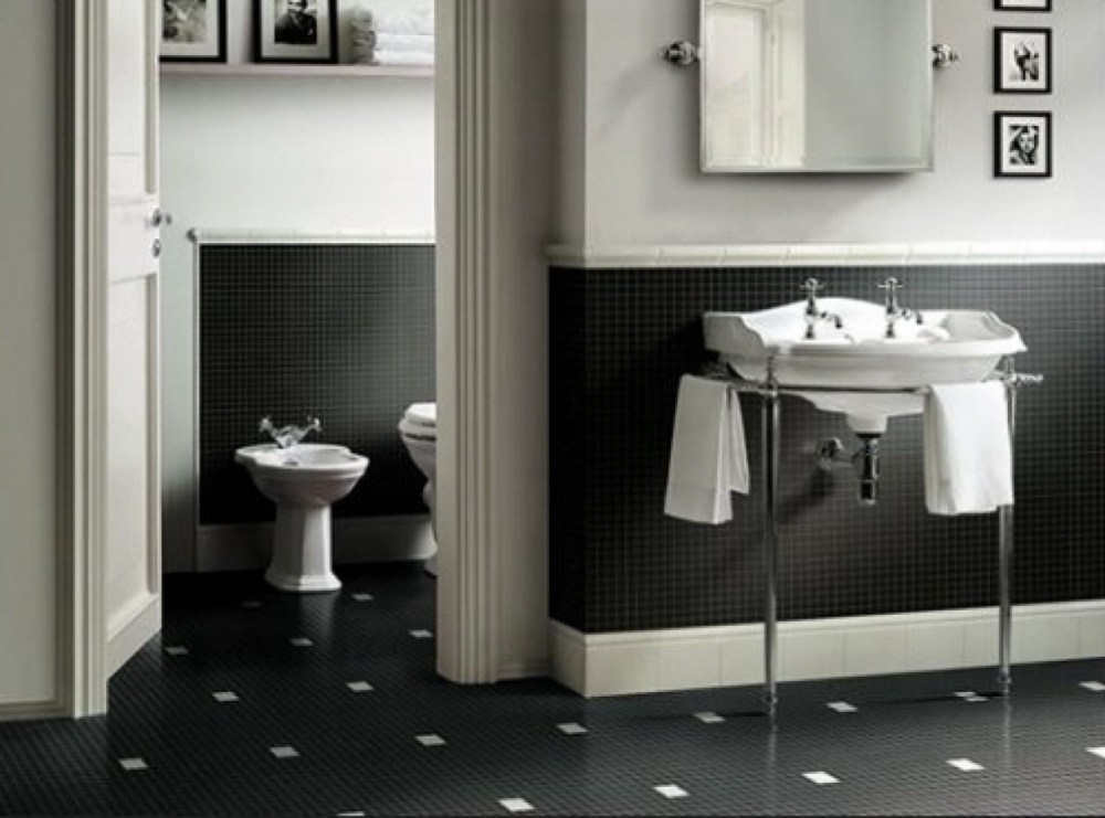 Small Bathroom Tile Ideas Black And White