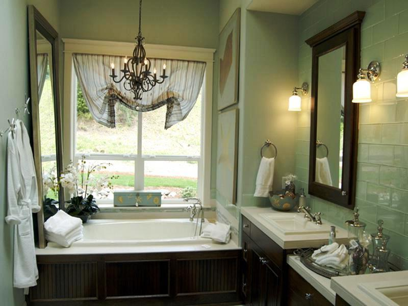 Small Bathroom Window Decorating Ideas