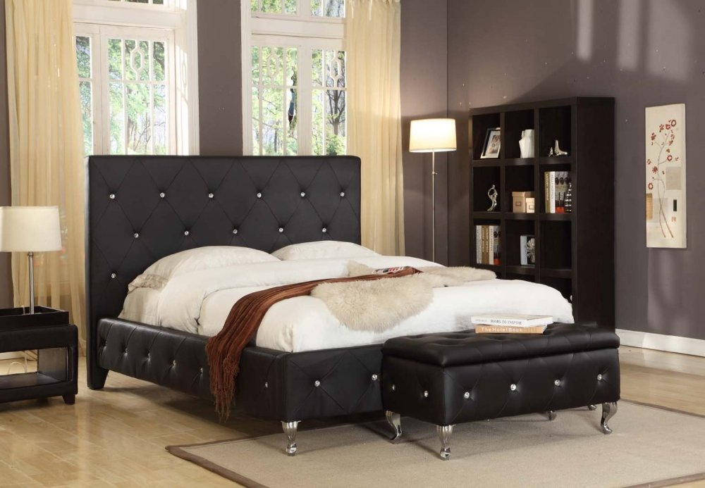 Tufted Bed Frame With Storage