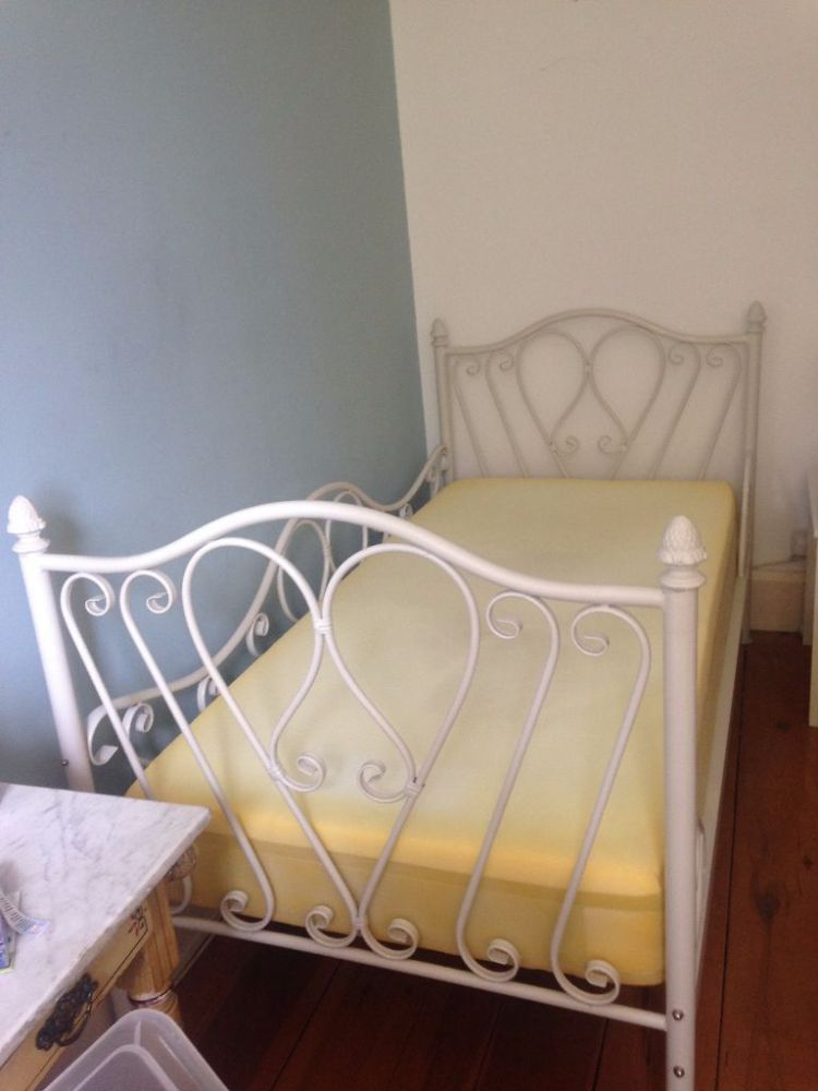 White Iron Bed Frame Single