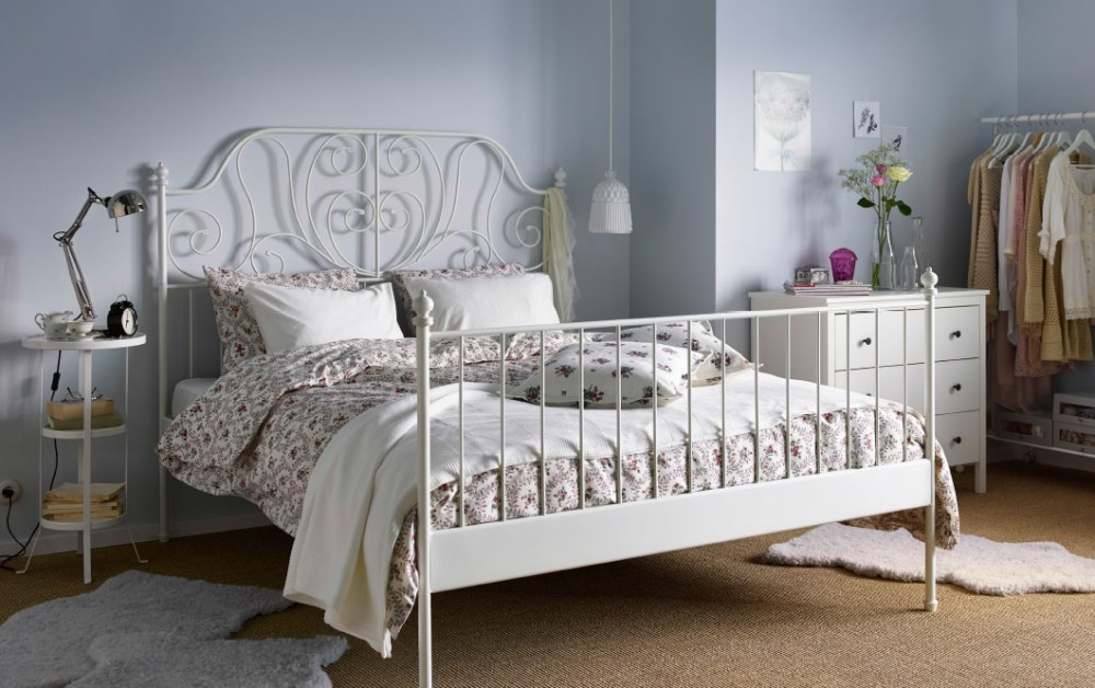 White Iron Queen Bed Frame