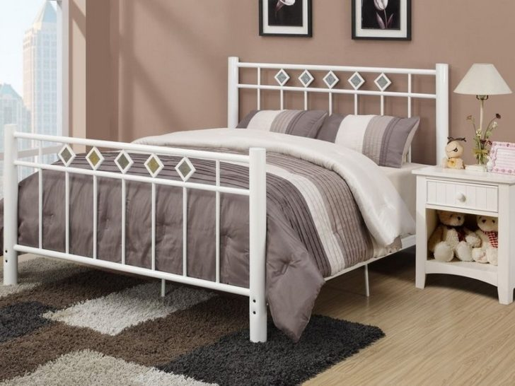 White Metal Bed Frame Full