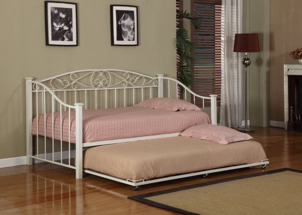 White Metal Twin Size Daybed (daybed) Frame