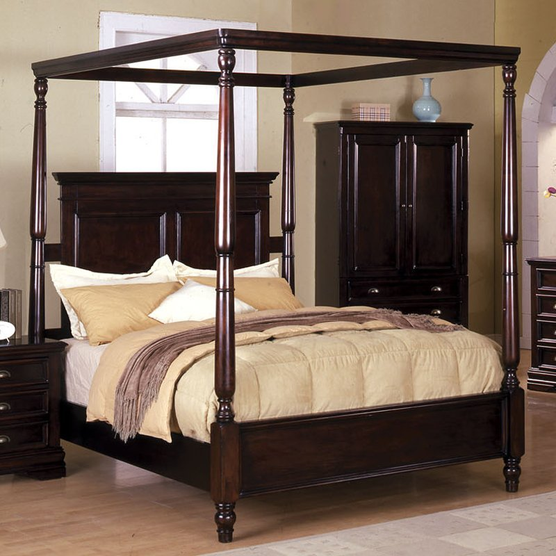 Wooden Canopy Bed Queen